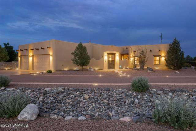 5513 Redfox Road, Las Cruces, NM 88007 (MLS #2101980) :: Better Homes and Gardens Real Estate - Steinborn & Associates