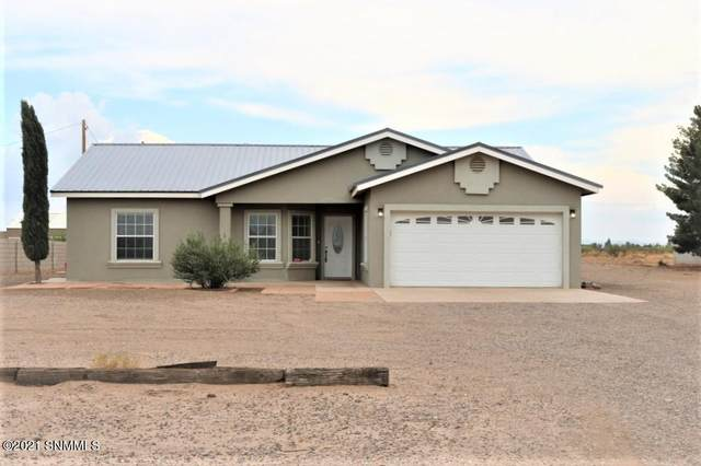 3670 SW Dulce Road, Deming, NM 88030 (MLS #2102229) :: Better Homes and Gardens Real Estate - Steinborn & Associates