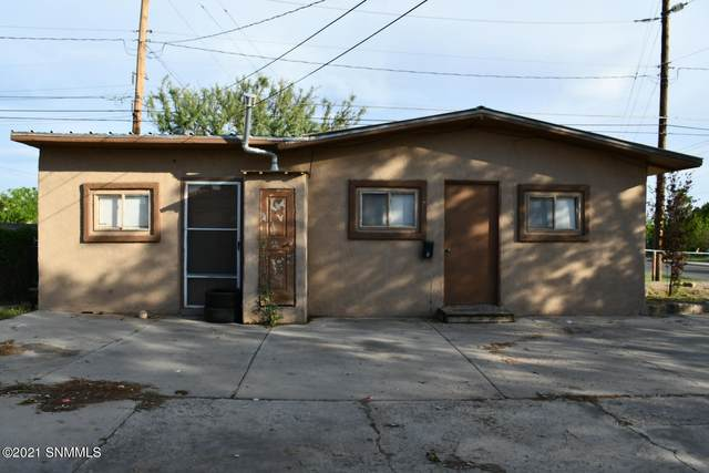 1705 E Griggs Avenue, Las Cruces, NM 88001 (MLS #2102321) :: Better Homes and Gardens Real Estate - Steinborn & Associates