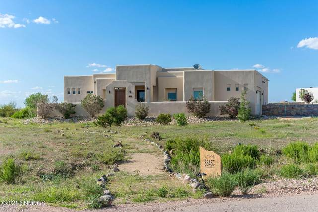 8845 Regal Mist Court, Las Cruces, NM 88011 (MLS #2102426) :: Better Homes and Gardens Real Estate - Steinborn & Associates