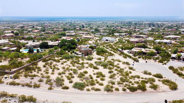5070 Hunters Chase Road, Las Cruces, NM 88011 (MLS #2102489) :: Better Homes and Gardens Real Estate - Steinborn & Associates