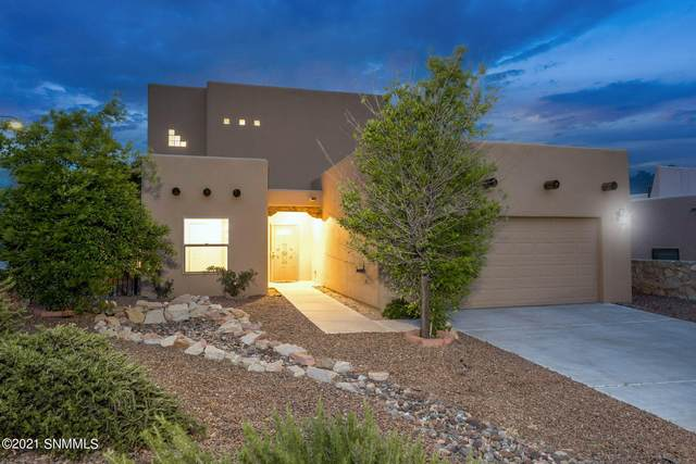 3041 Rio Arriza Loop, Las Cruces, NM 88012 (MLS #2102611) :: Better Homes and Gardens Real Estate - Steinborn & Associates