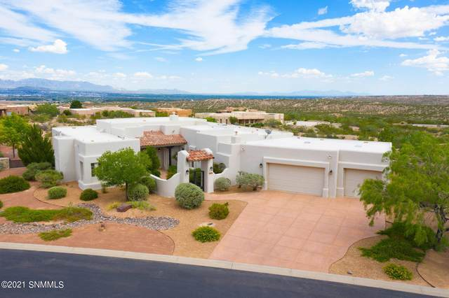 1208 Titania Court, Las Cruces, NM 88007 (MLS #2102777) :: Better Homes and Gardens Real Estate - Steinborn & Associates
