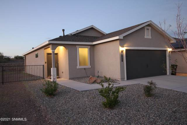3057 Agua Ladoso Avenue, Las Cruces, NM 88012 (MLS #2102821) :: Agave Real Estate Group