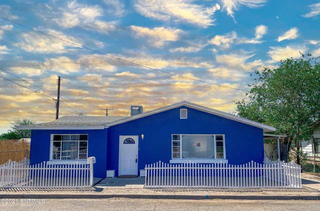 1095 Wilson Avenue, Las Cruces, NM 88005 (MLS #2102855) :: Better Homes and Gardens Real Estate - Steinborn & Associates