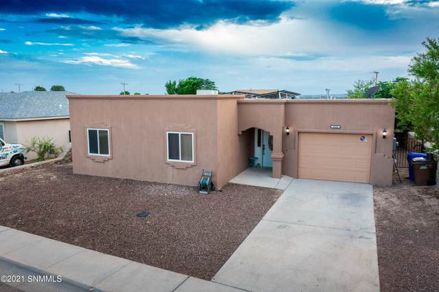 4428 Valle Del Luz Circle, Las Cruces, NM 88007 (MLS #2102876) :: Agave Real Estate Group