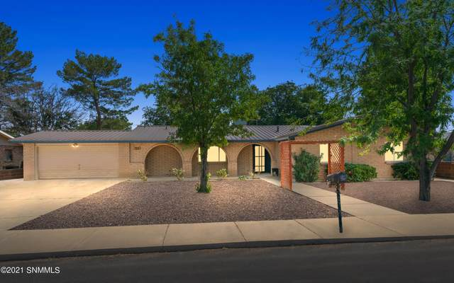 1417 Roswell Street, Deming, NM 88030 (MLS #2102961) :: Better Homes and Gardens Real Estate - Steinborn & Associates