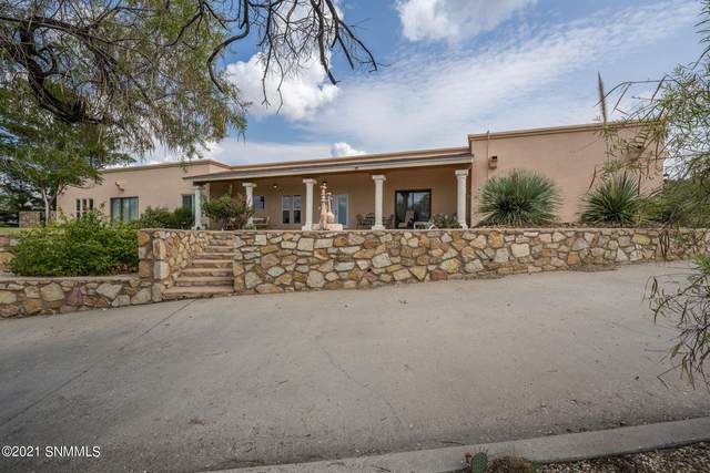 809 Mormon Drive, Las Cruces, NM 88011 (MLS #2103121) :: Better Homes and Gardens Real Estate - Steinborn & Associates