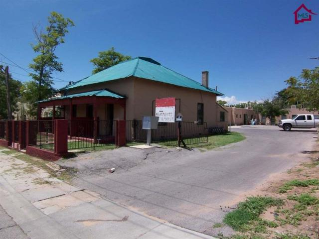 429 E May Avenue, Las Cruces, NM 88001 (MLS #1702853) :: Steinborn & Associates Real Estate
