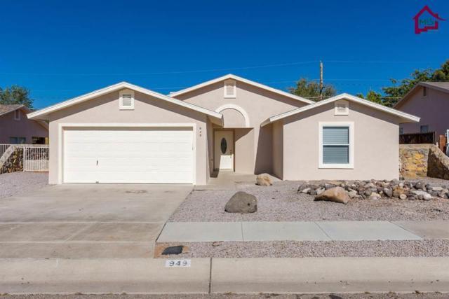 949 Rosalie Avenue, Las Cruces, NM 88007 (MLS #1703161) :: Steinborn & Associates Real Estate