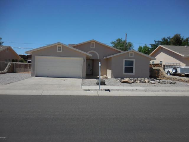 949 Rosalie Avenue, Las Cruces, NM 88005 (MLS #1805950) :: Steinborn & Associates Real Estate