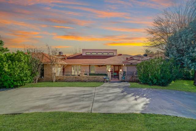 501 W College Avenue, Las Cruces, NM 88005 (MLS #1903510) :: Better Homes and Gardens Real Estate - Steinborn & Associates