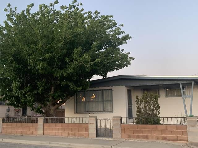 345 S Esperanza Street, Las Cruces, NM 88001 (MLS #2001070) :: Better Homes and Gardens Real Estate - Steinborn & Associates