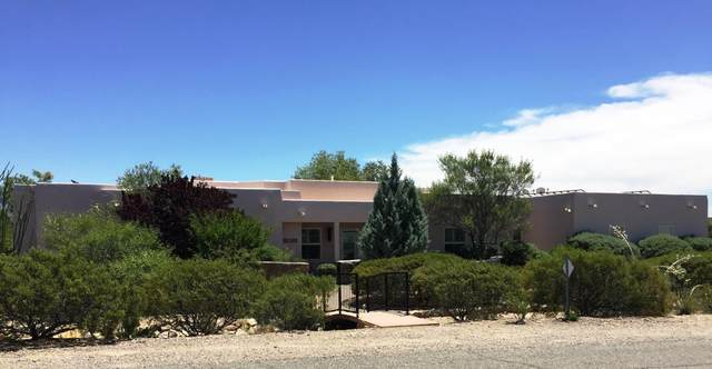 5160 Noche Bella Loop, Las Cruces, NM 88011 (MLS #2001647) :: Better Homes and Gardens Real Estate - Steinborn & Associates