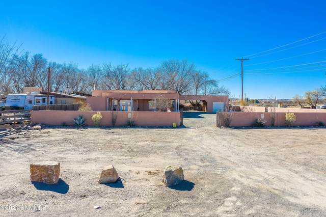 2195 Calle Del Norte, Mesilla, NM 88046 (MLS #2100067) :: Better Homes and Gardens Real Estate - Steinborn & Associates