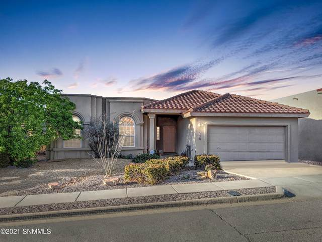 4541 Paseo Azul, Las Cruces, NM 88011 (MLS #2100071) :: Better Homes and Gardens Real Estate - Steinborn & Associates