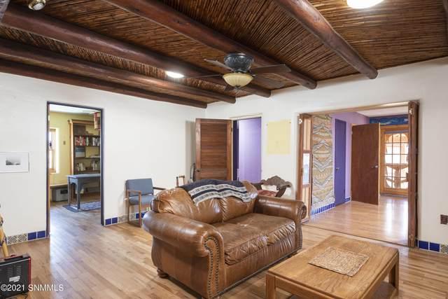 1906 W Brown Road, Las Cruces, NM 88005 (MLS #2102709) :: Las Cruces Real Estate Professionals