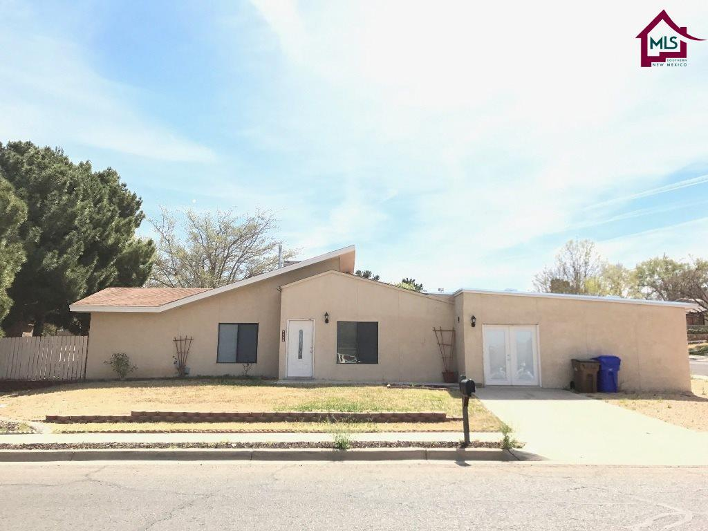 2330 mars avenue las cruces nm 88012 mls 1700722 for Home builders in las cruces