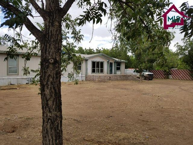 1203 Veterans Road, La Mesa, NM 88044 (MLS #1702164) :: Steinborn & Associates Real Estate