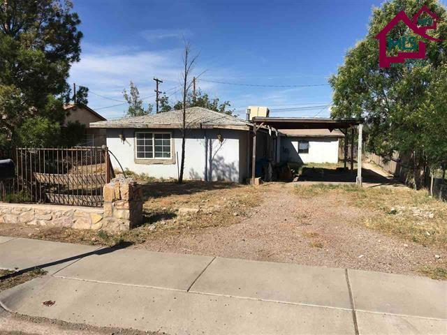 1264 N Second Street, Las Cruces, NM 88005 (MLS #1800357) :: Steinborn & Associates Real Estate