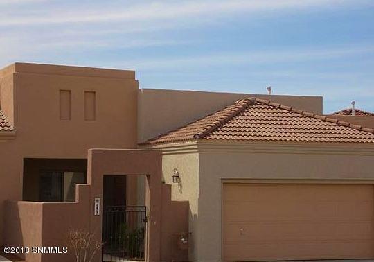2417 Cortina Manor, Las Cruces, NM 88011 (MLS #1806796) :: Steinborn & Associates Real Estate