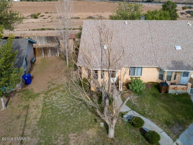 2001 Yale Court, Las Cruces, NM 88005 (MLS #1807922) :: Steinborn & Associates Real Estate
