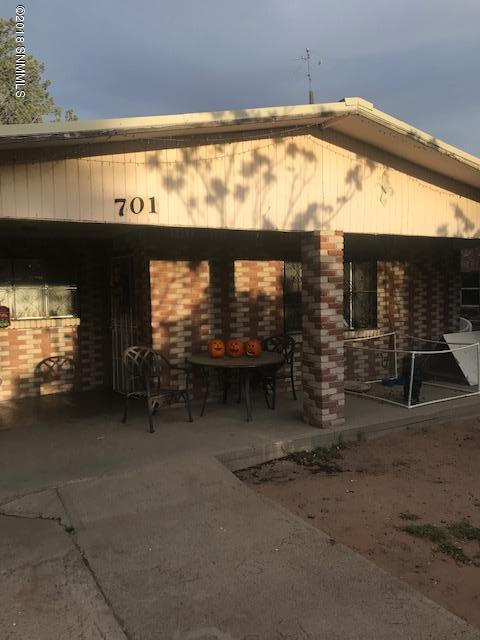 701 E Lead, Deming, NM 88030 (MLS #1807948) :: Steinborn & Associates Real Estate