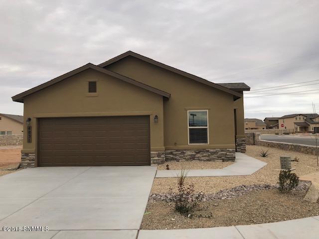 4831 Sirocco Avenue, Las Cruces, NM 88012 (MLS #1808295) :: Austin Tharp Team