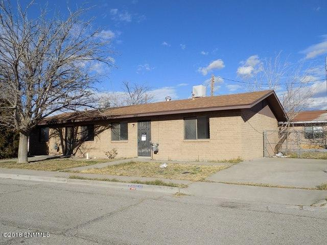 1405 Almendra Street, Las Cruces, NM 88001 (MLS #1808334) :: Steinborn & Associates Real Estate