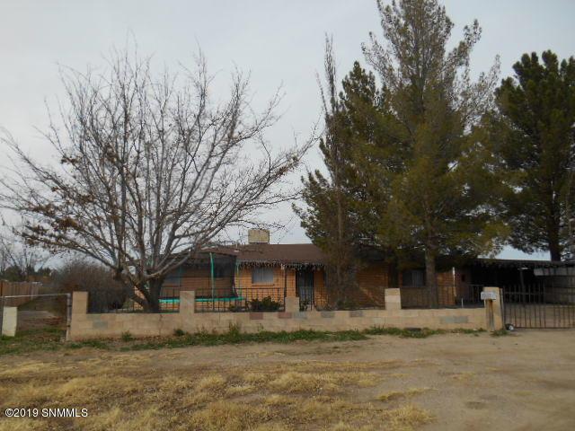 125 Calle De Las Flores, La Mesa, NM 88044 (MLS #1900196) :: Austin Tharp Team