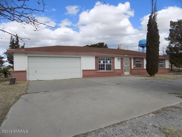 195 La Fe Avenue, Mesquite, NM 88048 (MLS #1900323) :: Steinborn & Associates Real Estate