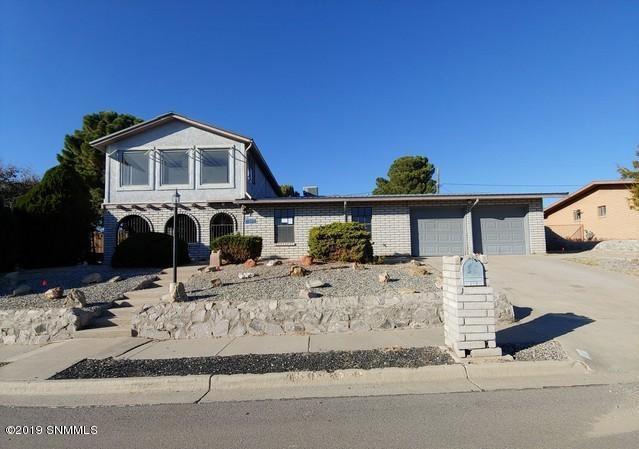 1207 Akers Street, Las Cruces, NM 88005 (MLS #1900516) :: Steinborn & Associates Real Estate