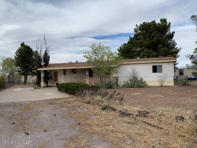 650 Hummingbird Drive, Las Cruces, NM 88007 (MLS #1900765) :: Steinborn & Associates Real Estate