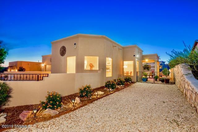 2919 Long Bow Loop, Las Cruces, NM 88011 (MLS #1901476) :: Arising Group Real Estate Associates