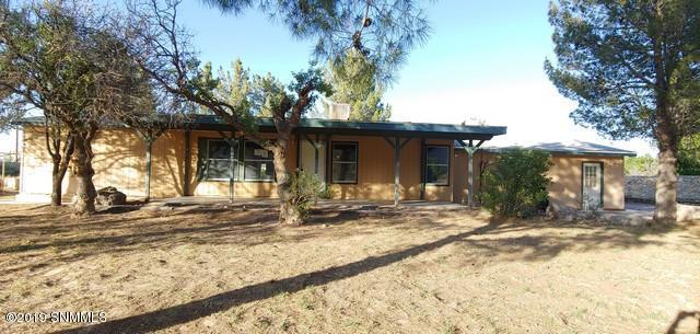 10680 N Valley Drive, Las Cruces, NM 88007 (MLS #1901524) :: Arising Group Real Estate Associates