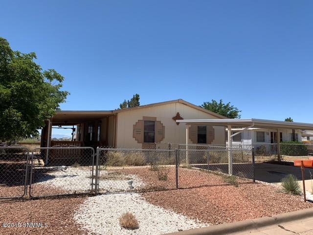 914 Indigo Loop, Alamogordo, NM 88310 (MLS #1901614) :: Steinborn & Associates Real Estate