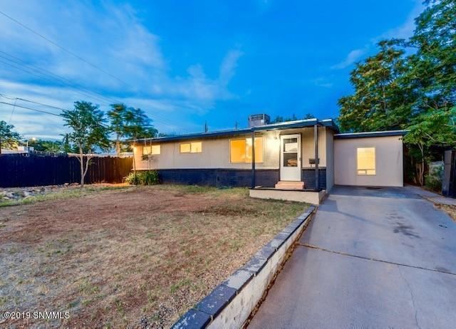 1208 Bellamah Circle, Las Cruces, NM 88001 (MLS #1901730) :: Arising Group Real Estate Associates