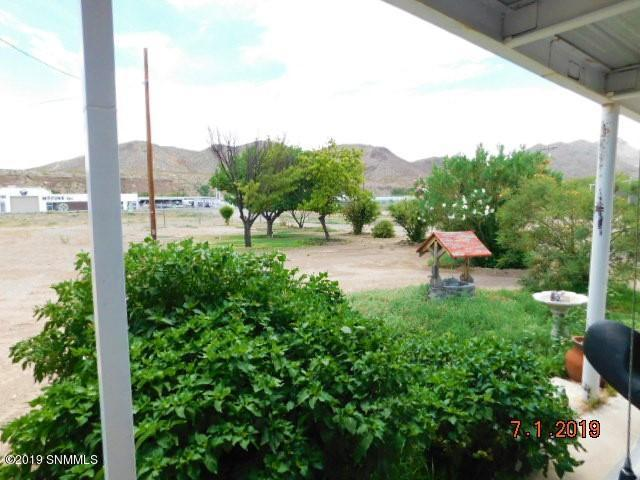 120 Winston Road, Truth Or Consequences, NM 87901 (MLS #1901929) :: Steinborn & Associates Real Estate
