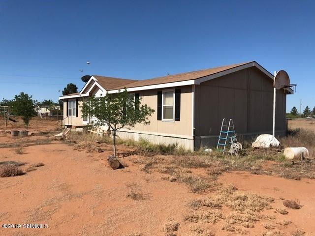 7555 Amber Road, Las Cruces, NM 88012 (MLS #1902036) :: Steinborn & Associates Real Estate