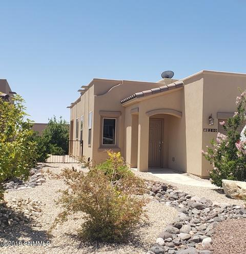 4220 Carefree Court, Las Cruces, NM 88012 (MLS #1902073) :: Steinborn & Associates Real Estate