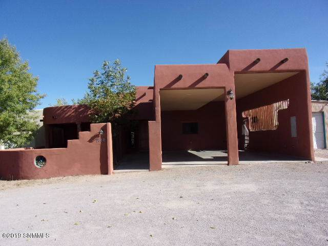 2114 Calle De Picacho, Mesilla, NM 88046 (MLS #1903096) :: Steinborn & Associates Real Estate
