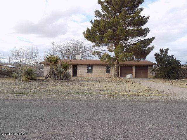 804 Pomegranate Lane, Las Cruces, NM 88007 (MLS #1903344) :: Steinborn & Associates Real Estate