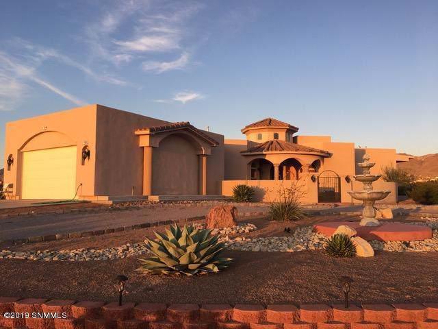 5065 Camino Leon Court, Las Cruces, NM 88011 (MLS #1903383) :: Steinborn & Associates Real Estate