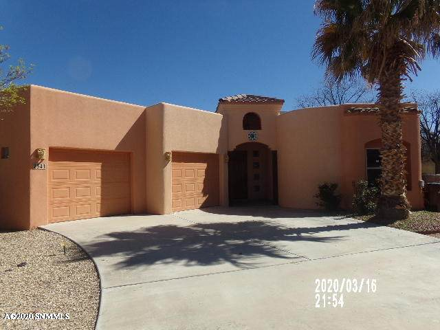 2341 Laguna Court, Las Cruces, NM 88005 (MLS #2000825) :: Better Homes and Gardens Real Estate - Steinborn & Associates