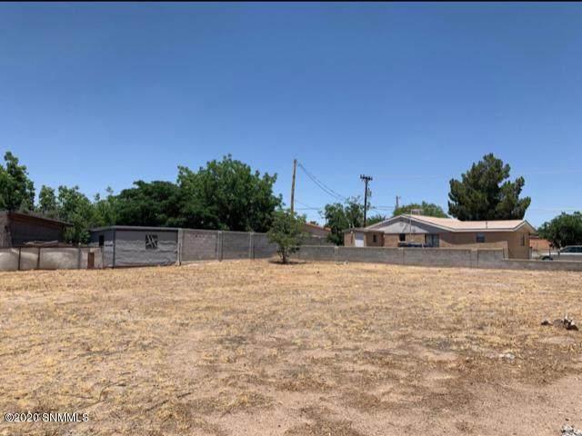 943 Augustine Avenue, Las Cruces, NM 88001 (MLS #2001801) :: Las Cruces Real Estate Professionals
