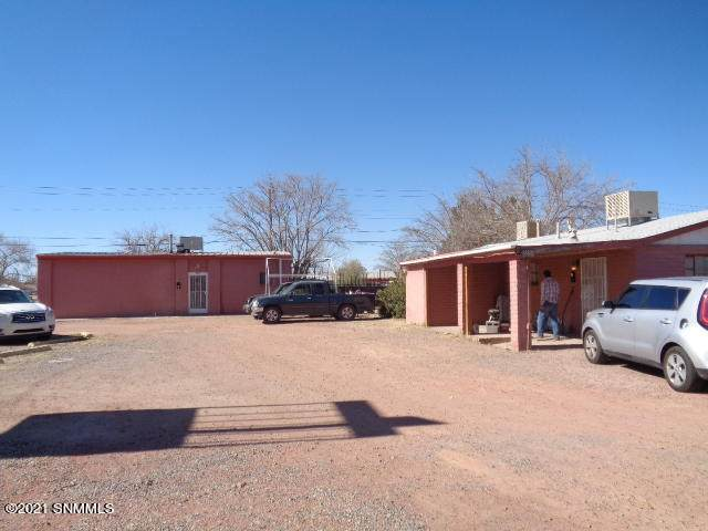 1880 S Espina Street, Las Cruces, NM 88001 (MLS #2100426) :: Better Homes and Gardens Real Estate - Steinborn & Associates