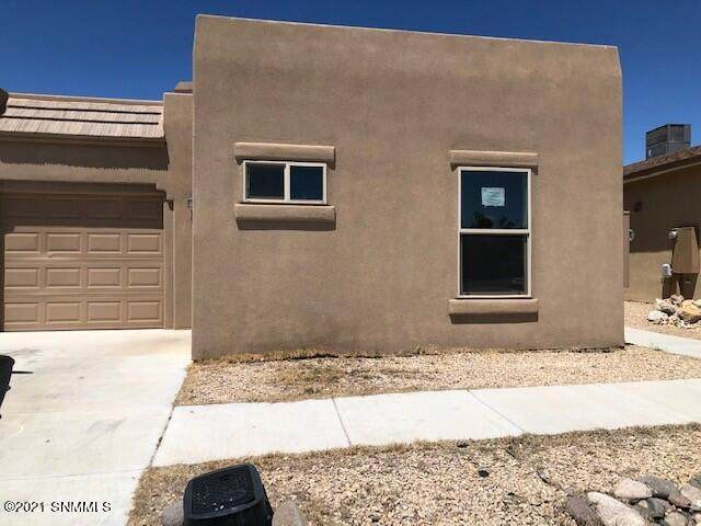 1020 Chitamacha Road, Las Cruces, NM 88007 (MLS #2102689) :: Better Homes and Gardens Real Estate - Steinborn & Associates