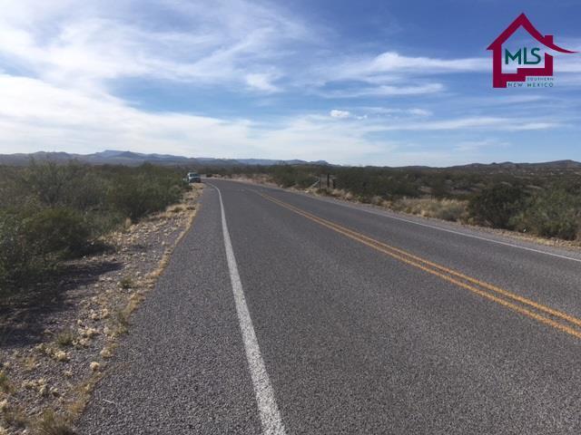 De Beers Drive, Radium Springs, NM 88054 (MLS #1701607) :: Steinborn & Associates Real Estate