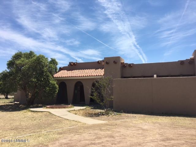 4 Cielo Escondido, Anthony, NM 88021 (MLS #1806060) :: Steinborn & Associates Real Estate