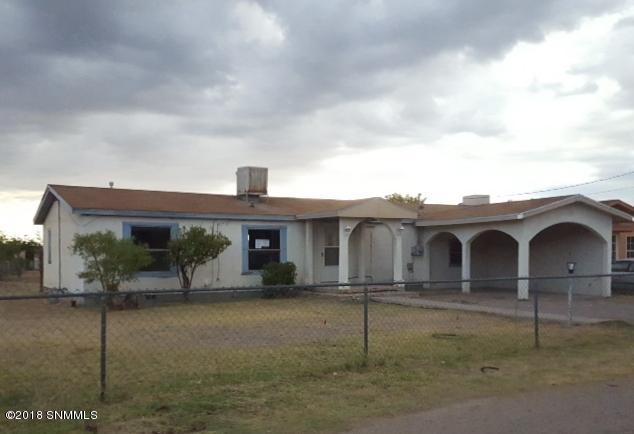 3244 Blackhawk Street, Las Cruces, NM 88001 (MLS #1806809) :: Steinborn & Associates Real Estate